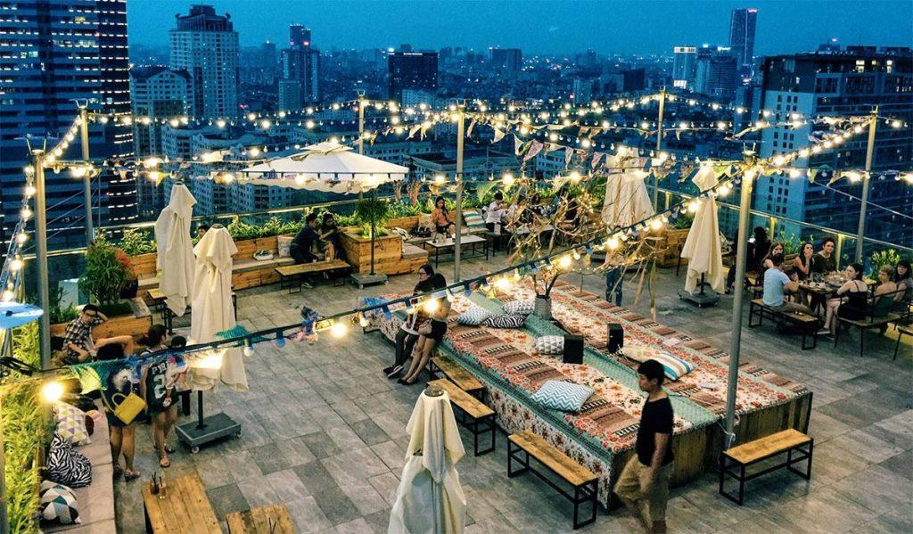 thiết kế cafe sân thượng