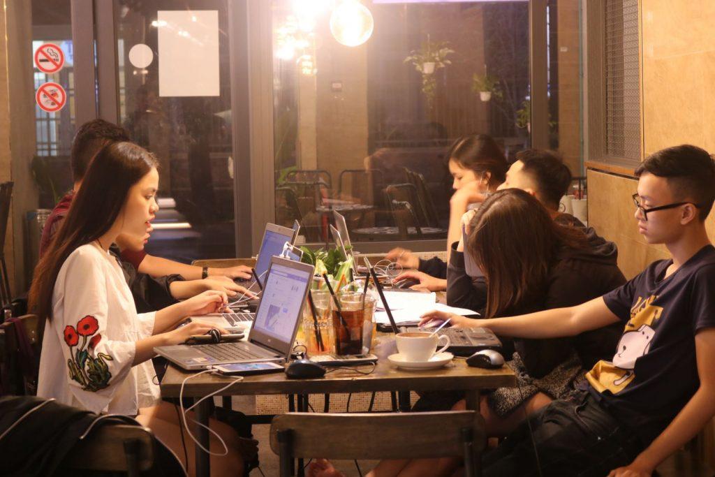 quán cafe mở xuyên đêm