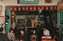 mô mình quán cafe