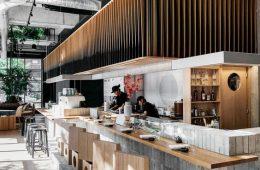 Thiết Kế Tropical Cho Quán Cafe